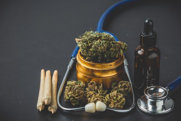 migraine,cannabis,headache,migraines, Weedstockers